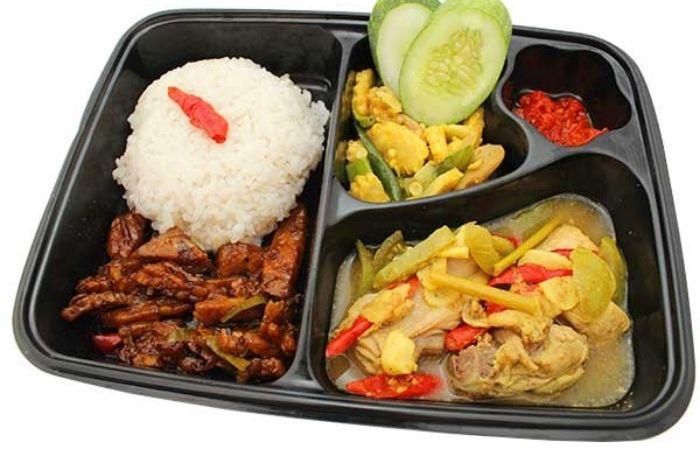 Nasi Bento Ayam Opor